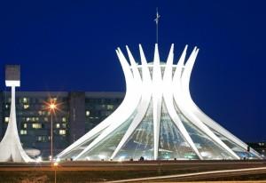Niemeyer-cathédrale-de-Brasilia